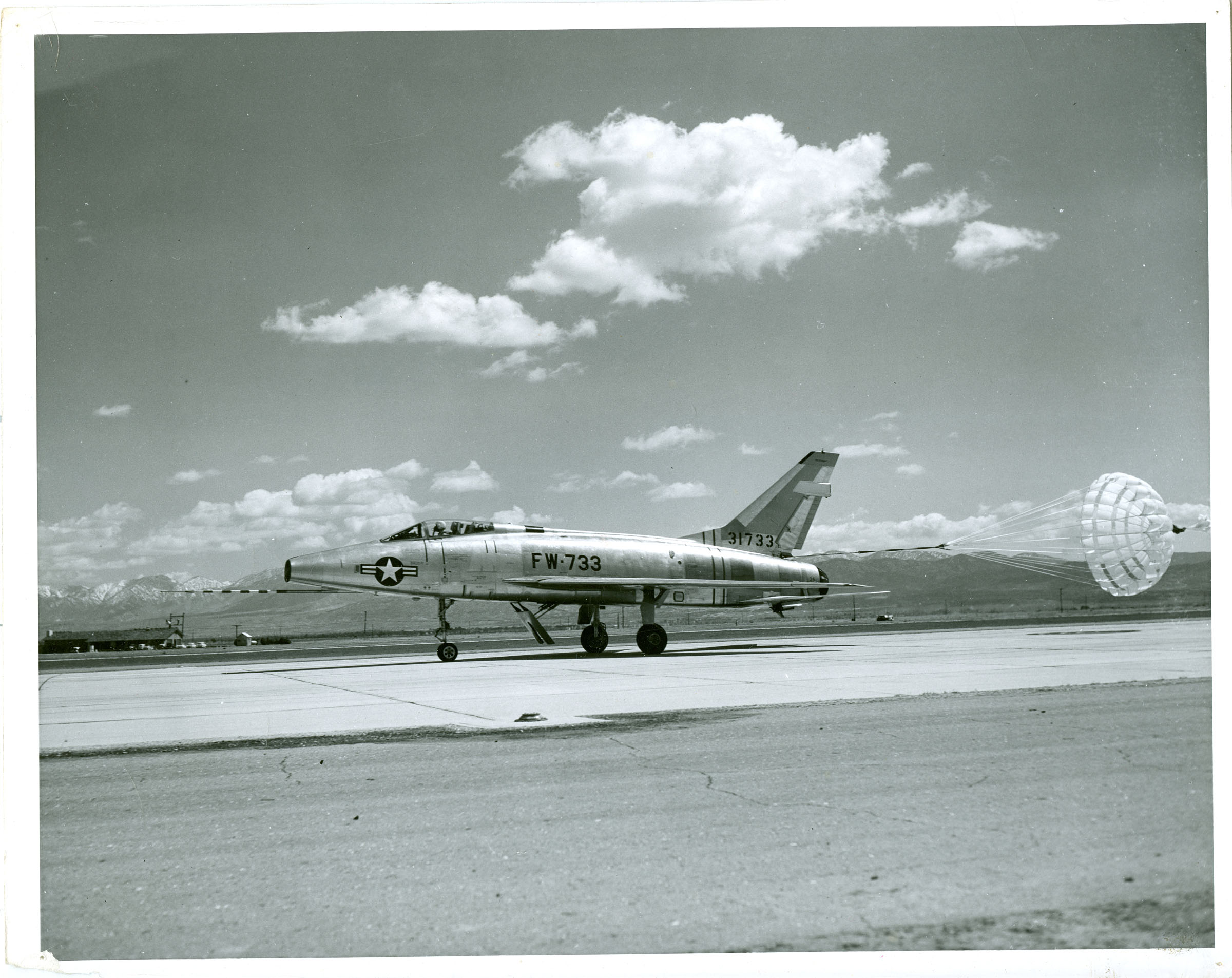 air force and vintage jpg 422x640